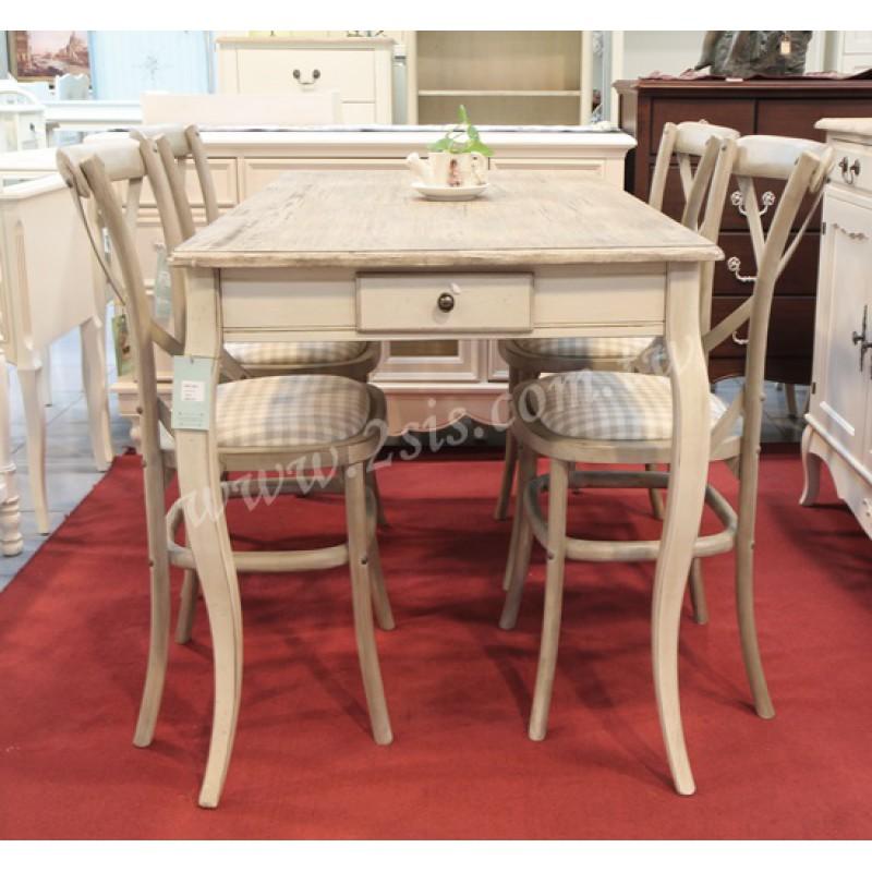 刷舊大餐桌