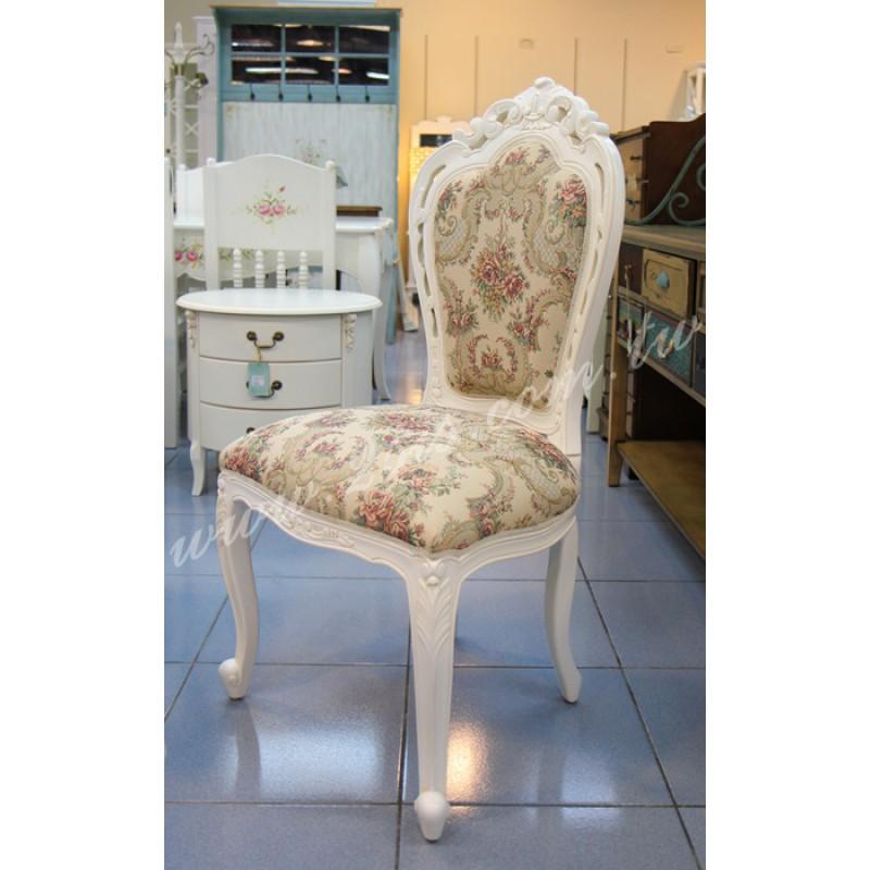 凱撒刻花餐椅