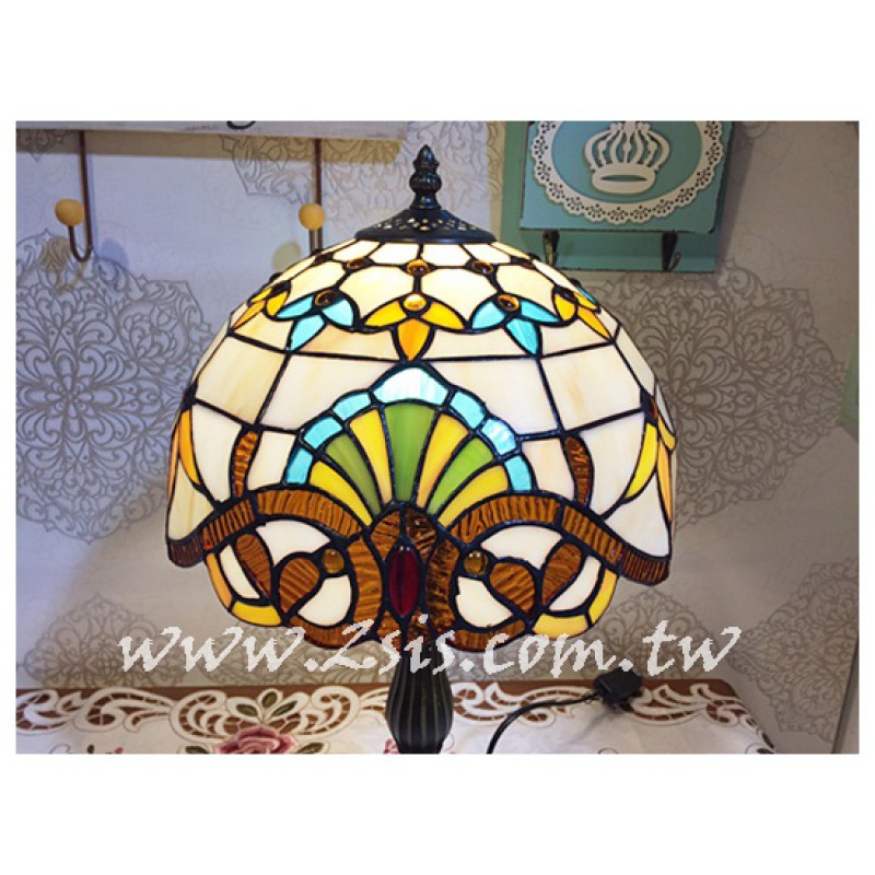 Tiffany桌燈-歐式圖騰(中)