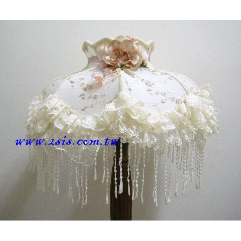 蕾絲大立燈(F0170)